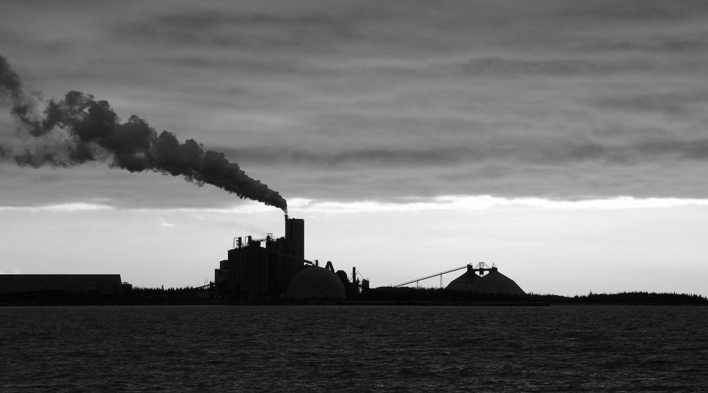 How can the government regulate gas emissions
